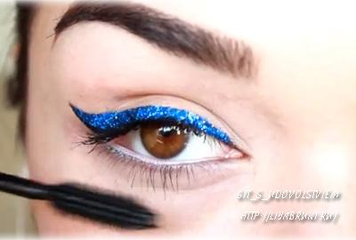 макияж глаз со стразами